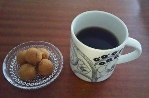 black-paratiisi-mug